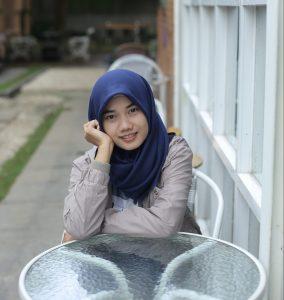 author-azluna
